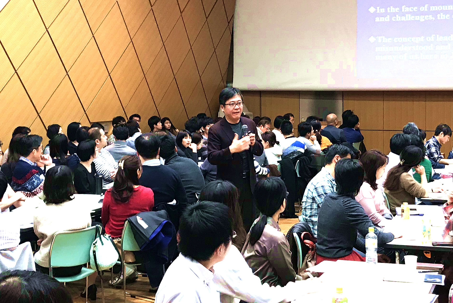 野田 智義 さん Dr. Tomoyoshi NODA「MBAを超えて ~ 世界のリーダーシップ教育のパラダイムシフトへの挑戦」
